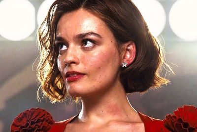 Emma Mackey body measurements nose job botox