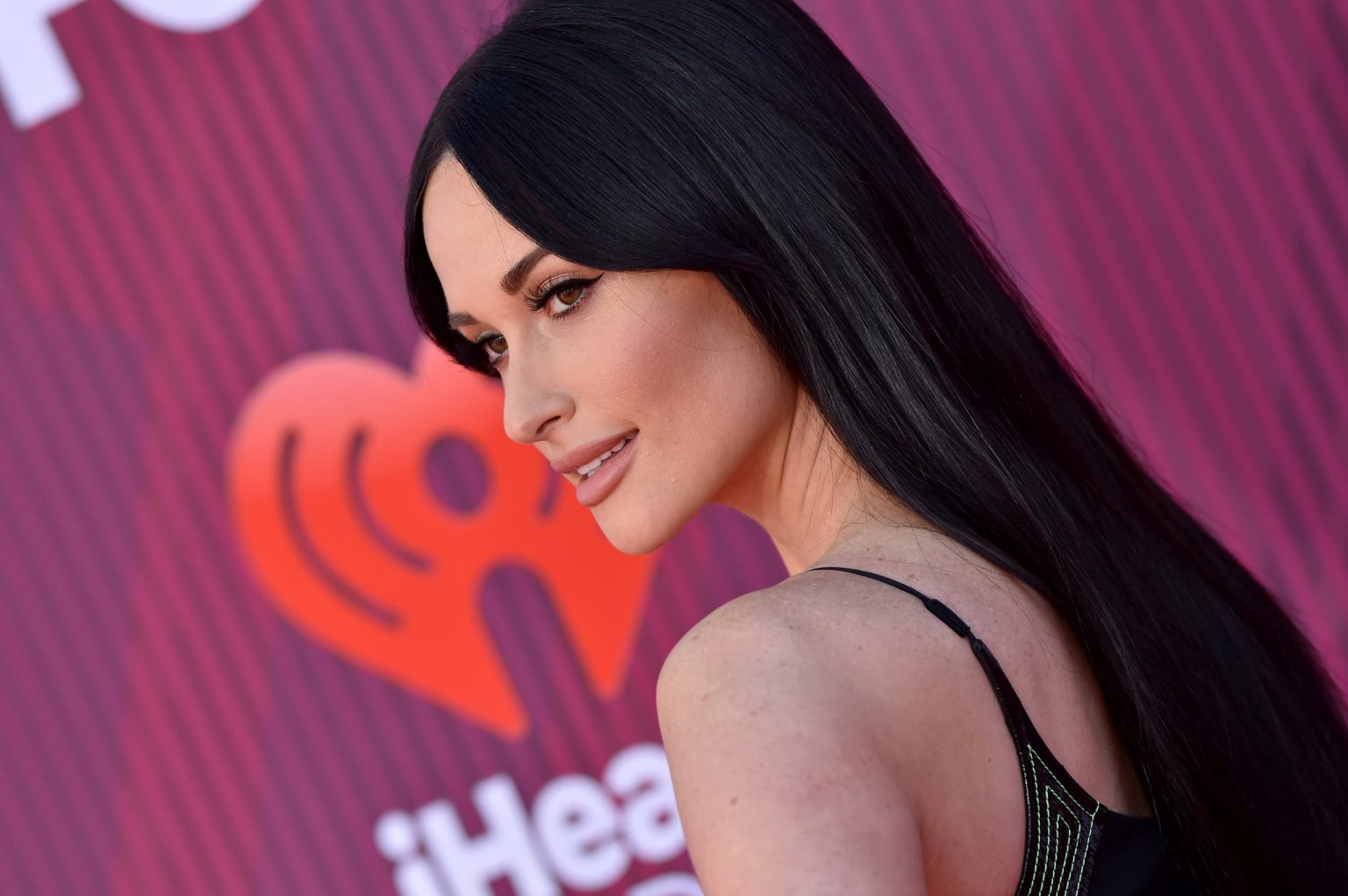 Did Kacey Musgraves have Plastic Surgery? Lips, Botox, Nose Job, and More! - Plastic Surgery Celebs